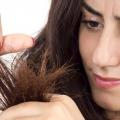 Top remèdes pour traiter les cheveux split se termine à la maison naturellement