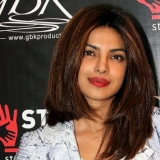 10 Photos: Priyanka Chopra sans maquillage