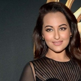 10 Photos De Sonakshi Sinha sans maquillage