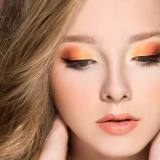 Comment faire le maquillage des yeux orange?