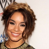 Vanessa Hudgens Maquillage - 3 Différents Hacks de maquillage que…