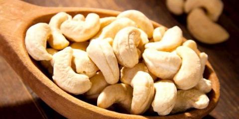 12 Services de santé de la noix de cajou