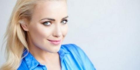 6 conseils sur la façon d'augmenter la taille des seins sans chirurgie plastique visuelle