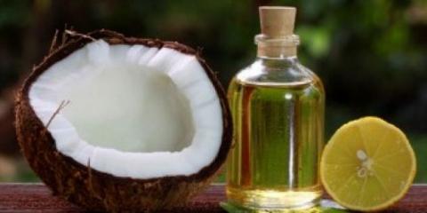 Top 10 des moyens d'utiliser l'huile de noix de coco pour la peau et les cheveux