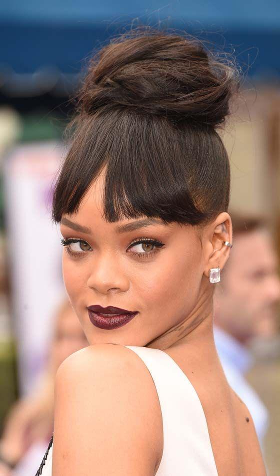 10 magnifiques coiffures avec frange pour les femmes à la peau foncée