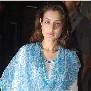10 Photos De Amisha Patel sans maquillage