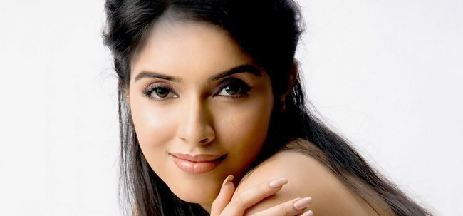 10 Photos: Asin sans maquillage