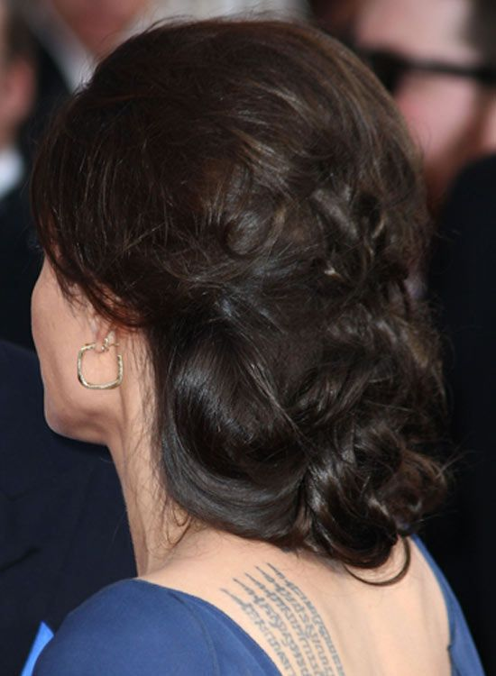 Huge-Low-Chignon-avec-Casual-Sale-Finish